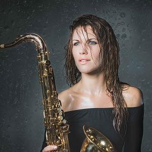 hire saxophone player